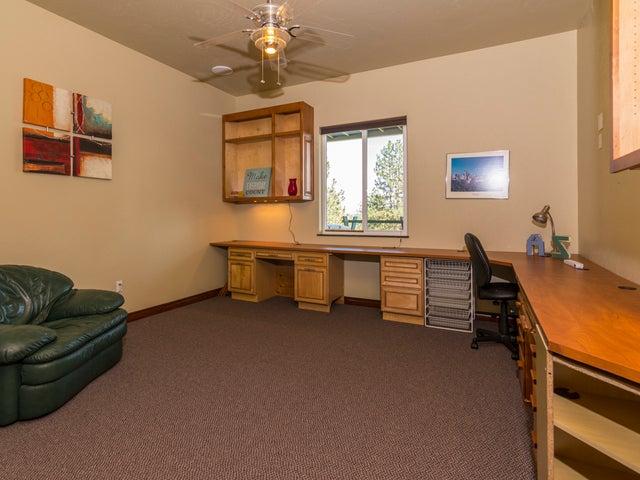 7526 N Cedar Spokane Property Listing